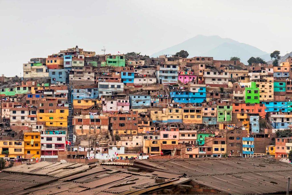 Lima, crescita incontrollata ed emergenza abitativa 3